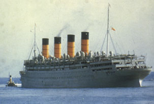 Aquitania_in_her_twilight_years